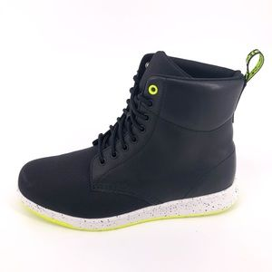 Dr. Martens Rigal CDR Mens 8-Eye Boot in Black New